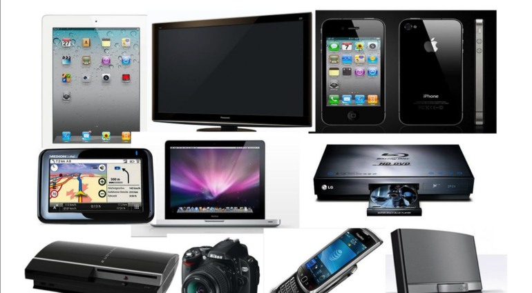 Tech on The Open Road - Essentials For Your Next Road Trip
